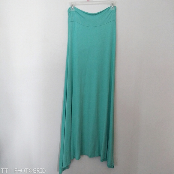 *3 for $15*Wet Seal teal jersey knit maxi skirt